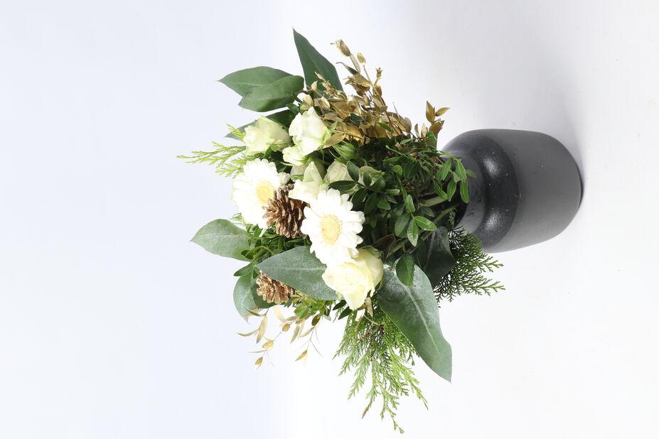 Kukkakimppu M