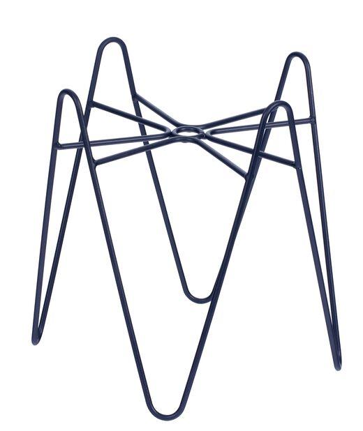 Jalusta Wilmer, Korkeus 20 cm, Musta